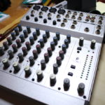BEHRINGER EURORACK MX802Aというアナログミキサーの話と電源アダプタ問題