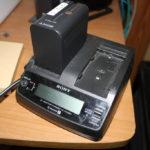 純正チャージャーでWARNING表示が出るSONYのLバッテリー(F970)をどうにかして使う方法